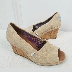 TOMS Platform Wedge Peep Toe Shoes Size 6